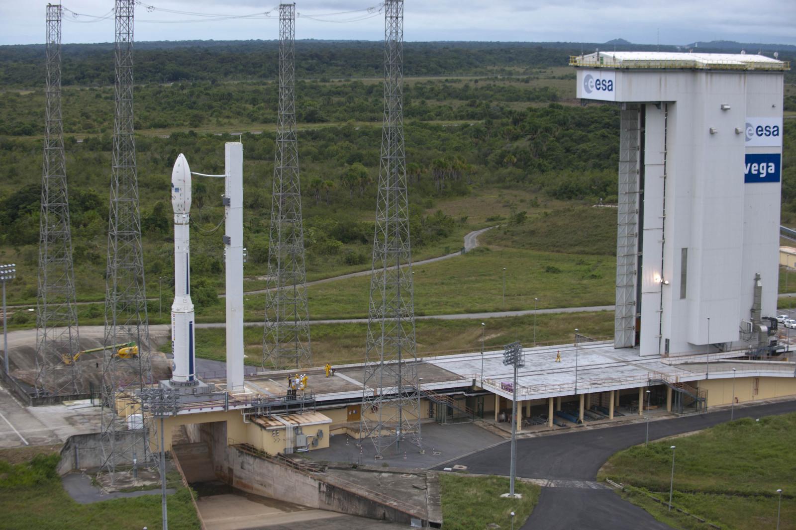 3 - Kourou---lanceur-Vega---13-fevrier-2012